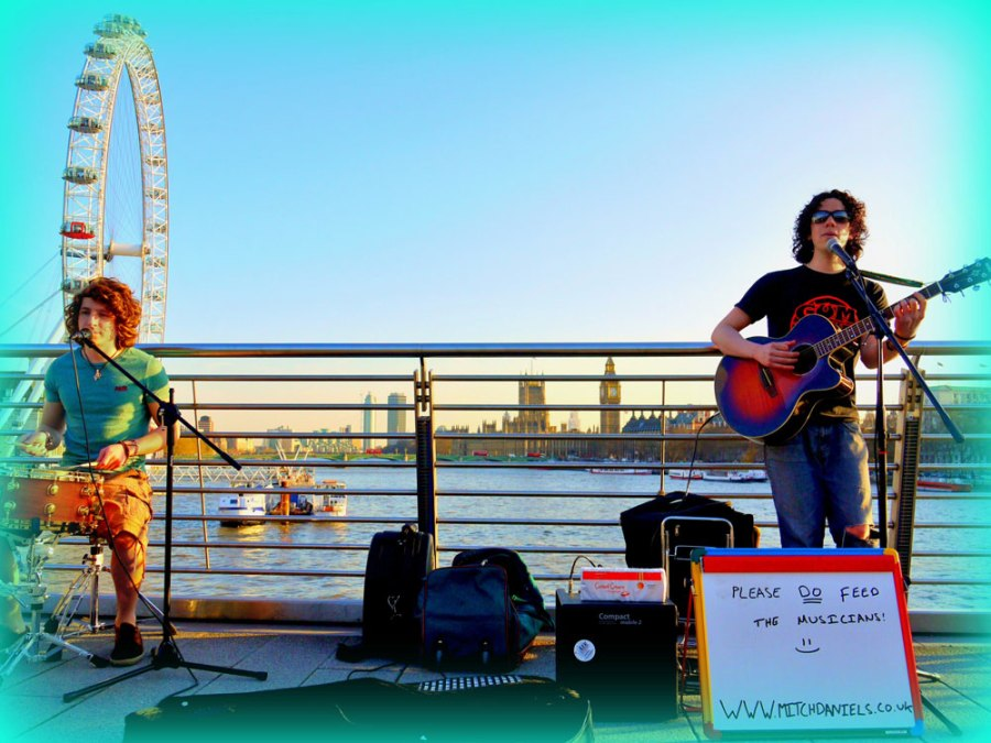 Buskers on the Golden Jubilee Bridge